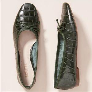 NIB Schutz Arrisa leather Flats Dark green size 11
